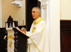 Papa Francisco distingue nosso Pároco com o título de Monsenhor
